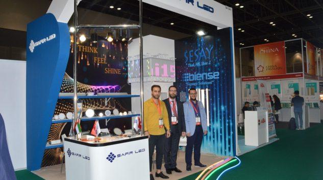 Safir Led Aydınlatma Dubai'de ortadoğulu ziyaretçilerle buluştu.